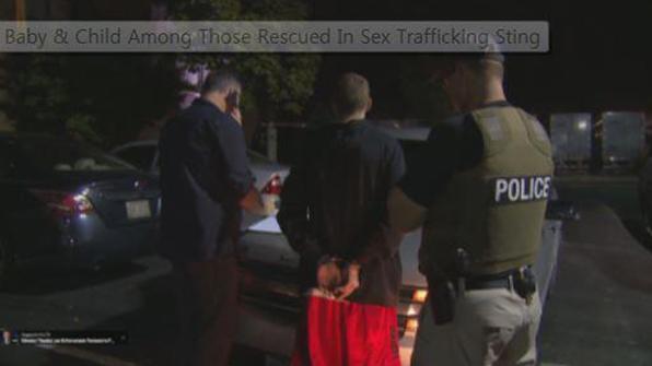 美 FBI, 인신매매범 소탕작전…생후 3개월 영아도 구출