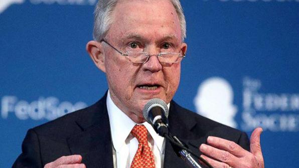 美 법무장관, 총기규제 위한 범죄전과조회 전면 재검토 지시