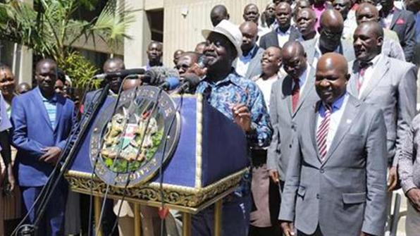"""케냐 검찰총장 """"야당지도자 대선 불복 땐 대역죄로 기소"""""""