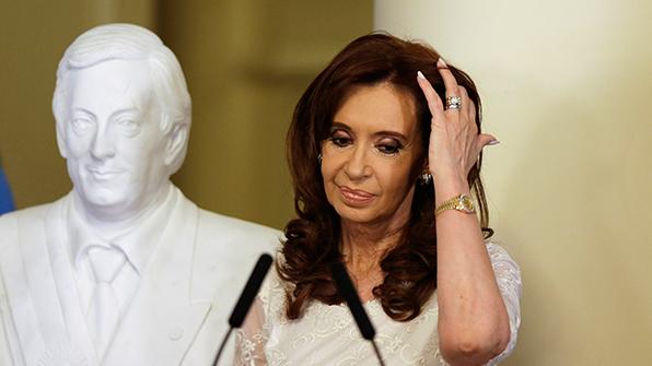 아르헨 법원, 폭탄테러 은폐혐의 페르난데스 前대통령 구속 추진