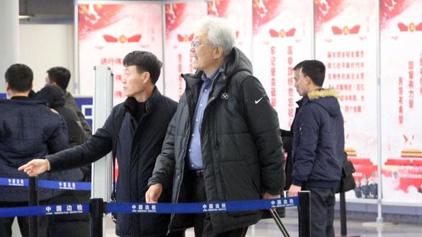 """장웅 北IOC위원 """"남북 여자 아이스하키단일팀 IOC서 고려중"""""""