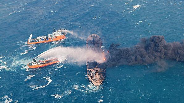 中, 동중국해 유조선 침몰 지점에 탐색용 해저로봇 투입