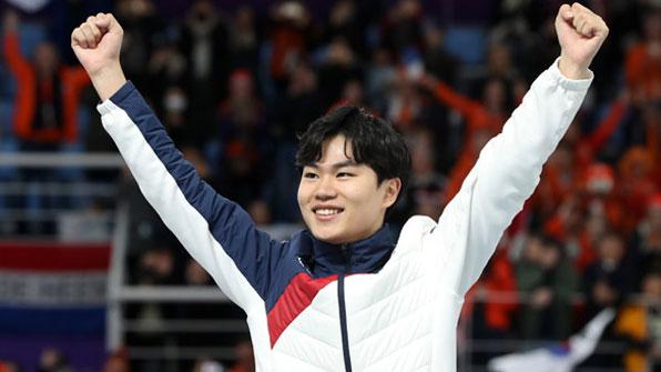 [영상] 김민석, 빙속 1500m '깜짝 동메달'…아시아 최초