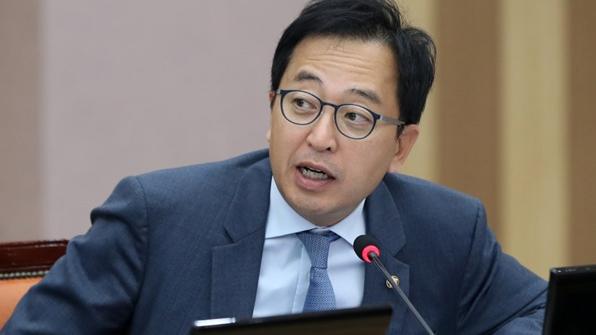 금태섭, 외국인 형사재판 원격영상 통역 도입 추진