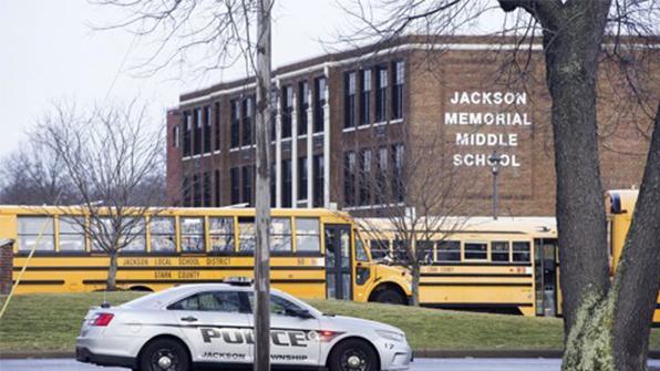 미 오하이오 중학교서 총기 발사돼 학교 봉쇄
