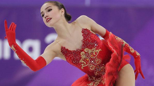 [영상] 15세 자기토바, 메드베데바 넘어 '피겨 퀸' 등극