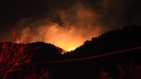 전북 정읍 야산 화재 현장서 시신 1구 발견