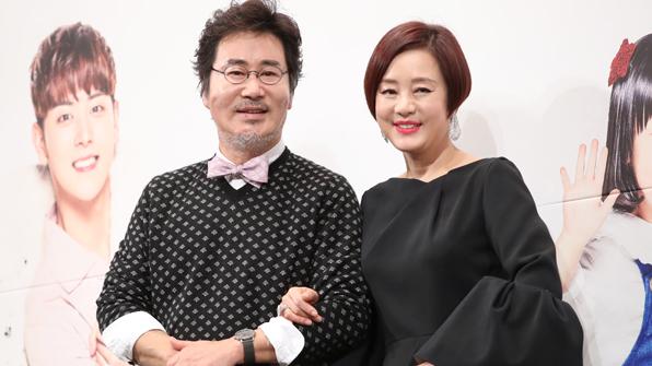 """'같이 살래요' 유동근·장미희 """"중년 로맨스 기대하세요"""""""