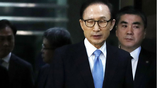 이명박·박근혜의 질긴 악연…최순실·김기춘과 수감생활