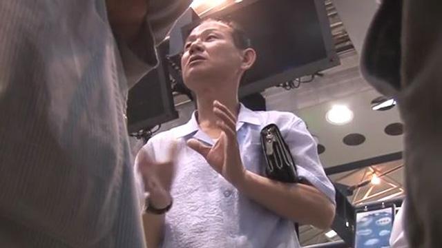 """[영상] '풍계리 배웅' 北 기자 """"한국 취재진, 희망 갖고 기다려보자"""""""