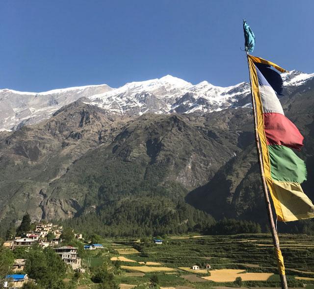 해발 2800m 네팔 마을에 필요한 건 디지털 콘텐츠
