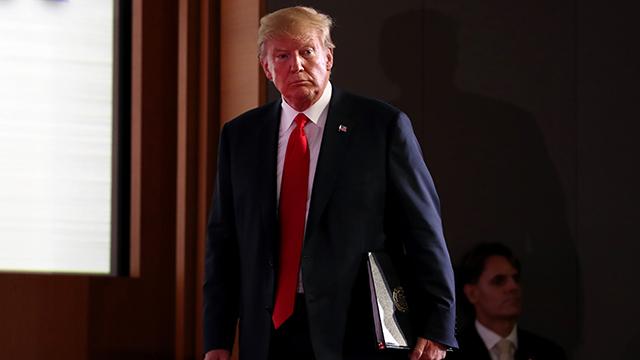 """[취재후] """"트럼프는 거대 공연 기획자""""…기자회견 참관기"""