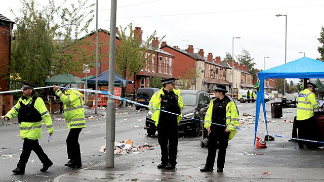 영국 맨체스터서 축제 뒤 총격사건…어린이 2명 등 10명 다쳐