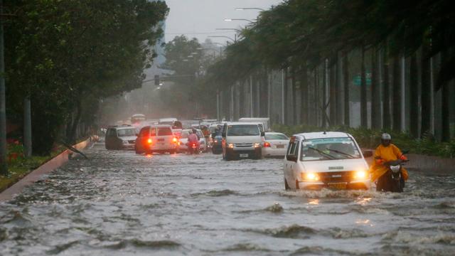 태풍 '망쿳' 영향…홍콩·광저우 오가는 항공기 13편 결항