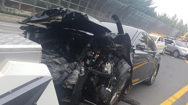 대전 도심에서 역주행 차량 충돌…1명 사망·2명 중상