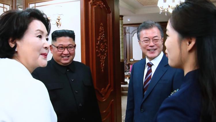 [평양 정상회담] 백화원 도착한 문재인·김정은…무슨 얘기 했을까