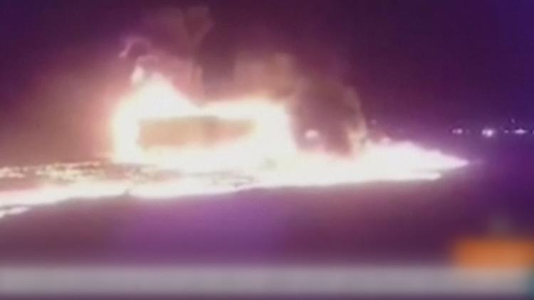 [고현장] 유조차 폭발로 불길에 휩싸인 시외버스…최소 21명 사망