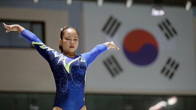 '체조 요정' 여서정, 단체전 금메달·개인종합 은메달