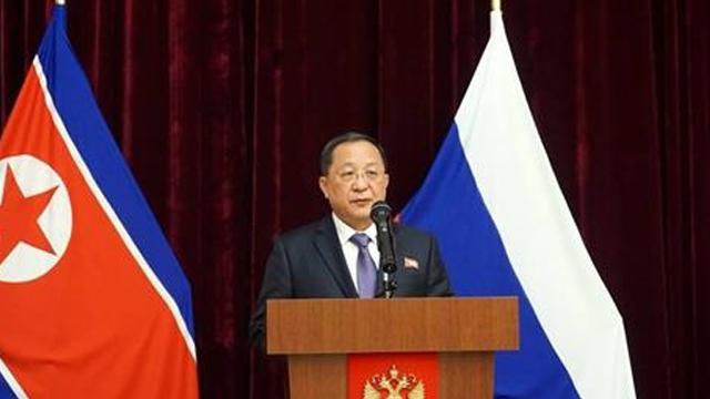 """리용호 """"北, 한반도 핵위협 없는 곳으로 만들려 노력"""""""
