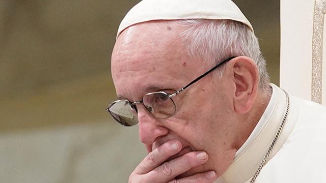 교황, 아동 성 학대 의혹 칠레 고위 성직자 2명 파문