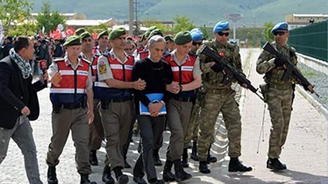터키, 2016년 쿠데타 연루 혐의 군인 110여 명 체포